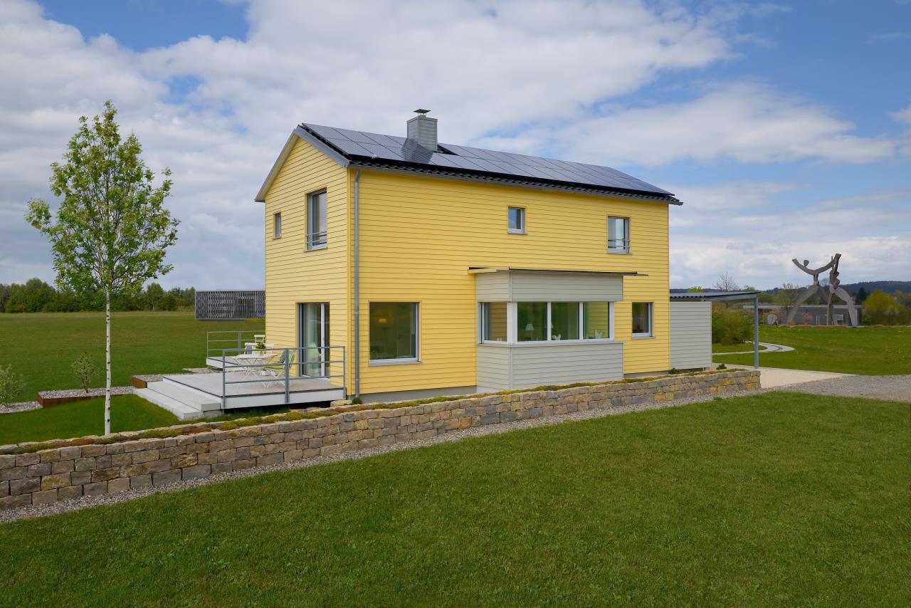 Nachhaltiges und klimaschützendes Ökohaus aus der PlanMit Architekturreihe