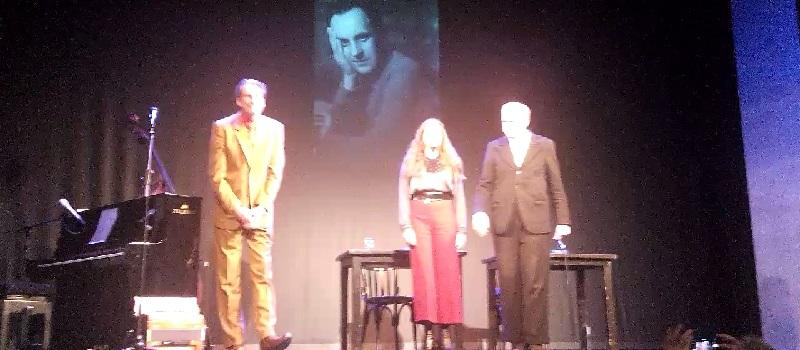 Wolfgang-Borchert-Lesung anlässlich des 70. Todestages des Hamburger Dichters: Ovations des begeisterten Publikums im ausverkauften St. Pauli Theater!