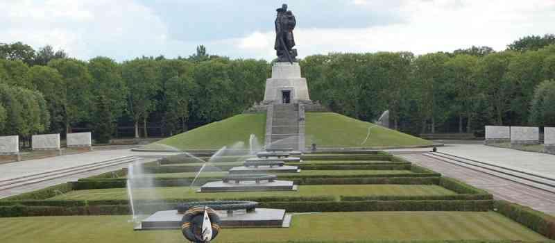 Überfall auf die Sowjetunion am 22. Juni 1941: War es ein Eroberungskrieg Deutschlands (und seiner Verbündeten) oder ein Präventivkrieg?