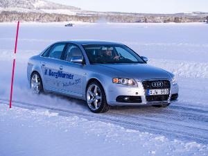 News - Central: Auf vereisten Seen in der Nähe des Polarkreises hat BorgWarner erfolgreich seine modernen AWD-Technologien, einschließlich der Generation 5 (GenV) Kupplung und dem elektrischen Allradsystem (eAWD) mit integrierter Torque Vectoring Funktion für Elektro-und Hybridfahrzeuge getestet.