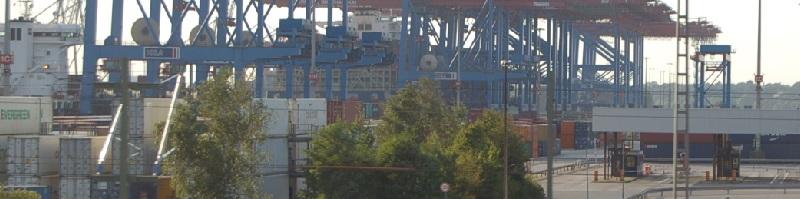 Deutsche-Politik-News.de | Container Hafen Hamburg 2013