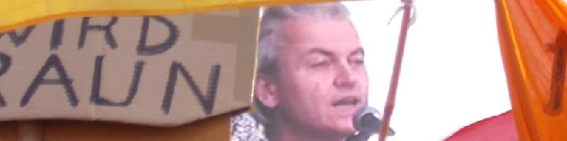 Deutsche-Politik-News.de | Geert Wilders auf der Pegida Demo in Dresden am 13.04.2015
