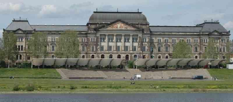 Deutsche-Politik-News.de | Dresden Staatskanzlei - 2019