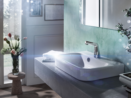 Berührungslose Armaturen bieten eine Vielzahl von Vorteilen: Hygiene, Komfort, Ökologie und mehr. Foto: Hansa Armaturen GmbH