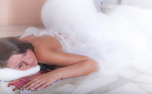 Hamam-Wellness mit duftendem Seifenschaum gibt es ohne lange Reisen | Freie-Pressemitteilungen.de