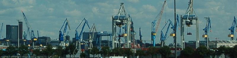 Deutsche-Politik-News.de | Hamburg Containerhafen 2013