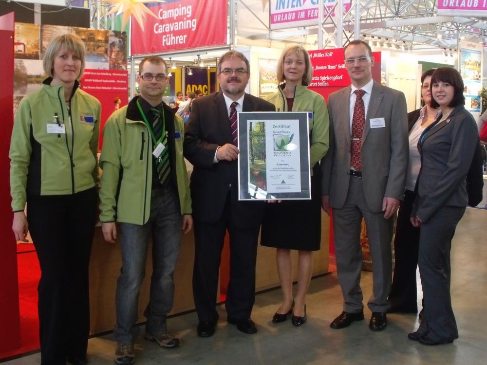Ost Nachrichten & Osten News | Qualitätssiegel für den Kammweg Erzgebirge-Vogtland verliehen