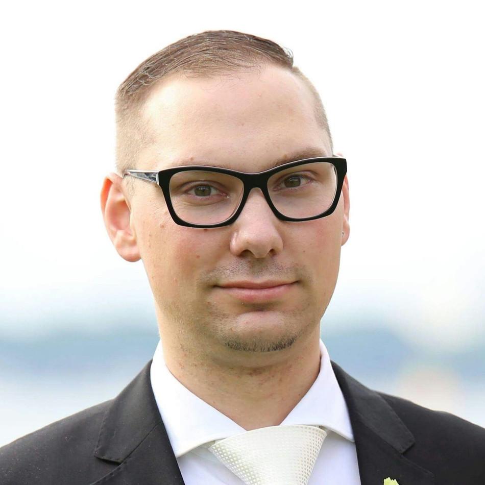 Deutsche-Politik-News.de   Sebastian Stratmann - Modedesigner aus Hannover