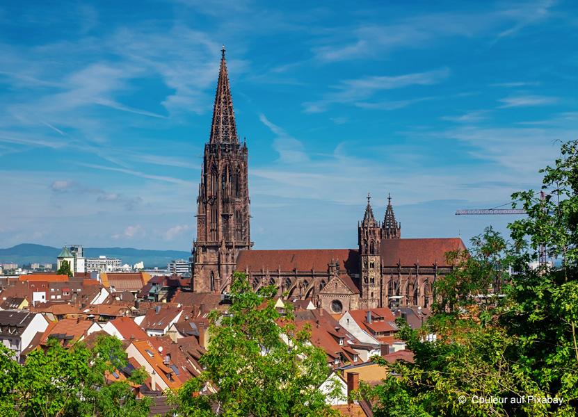 Seit 1890 kümmern sich Mitarbeiter um die Erhaltung des Bauwerks. Foto: Couleur auf Pixabay | Freie-Pressemitteilungen.de