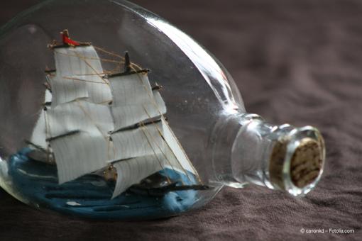 Deutsche-Politik-News.de | Buddelschiffe – Ein Kunsthandwerk mit Seltenheitswert. Foto: © canonkd - Fotolia.com