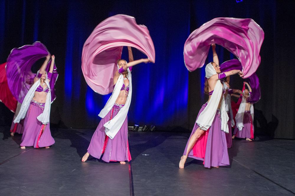 Ost Nachrichten & Osten News | 200 Tänzerinnen, Tanzworkshops und ein Basar locken nach Herne.