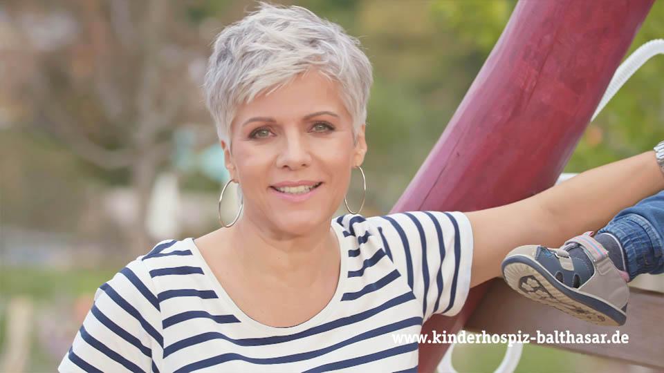 RTL-Moderatorin Birgit Schrowange im neuen Kinderhospiz-Spot