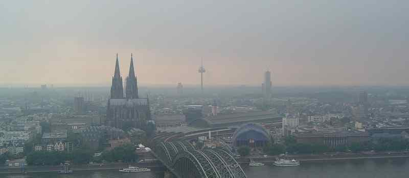 Deutsche-Politik-News.de | Köln Skyline 2011