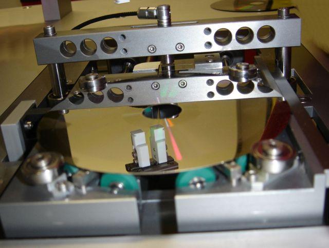 Auto News | Thickness tester inline (c) ISEDD GmbH