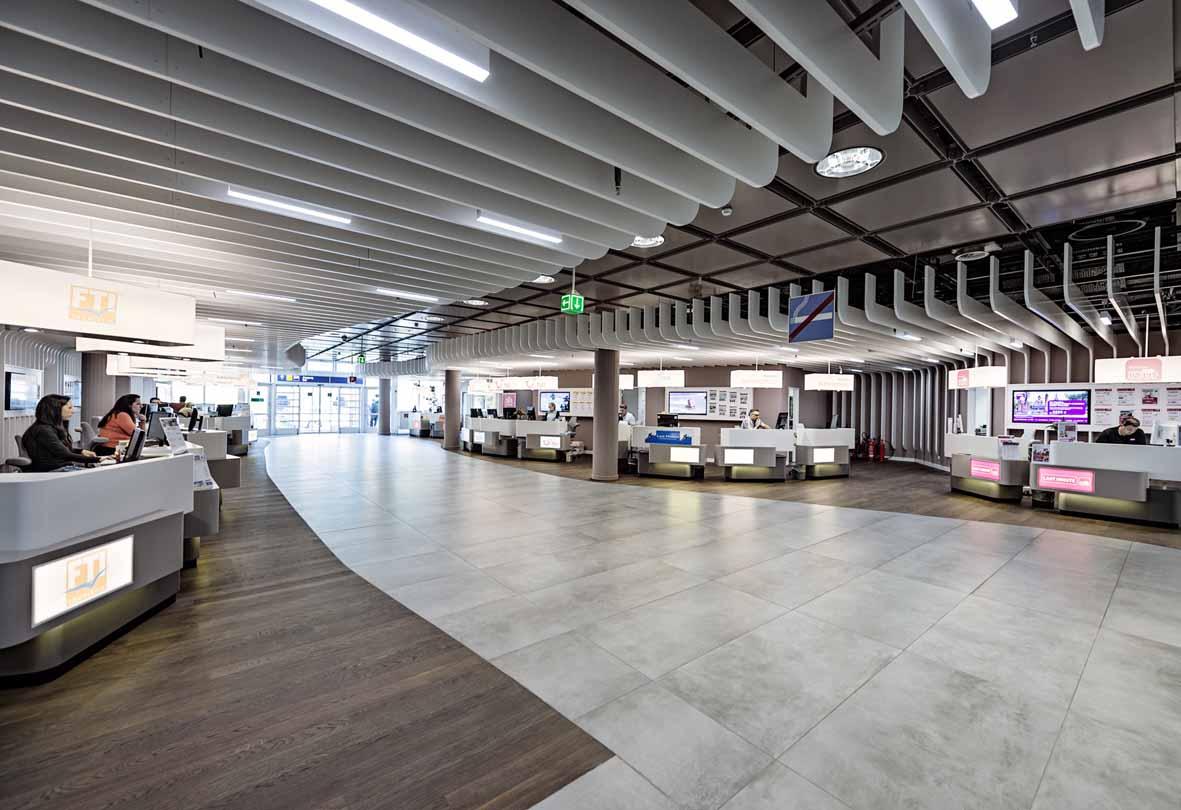 (c) Flughafen München
