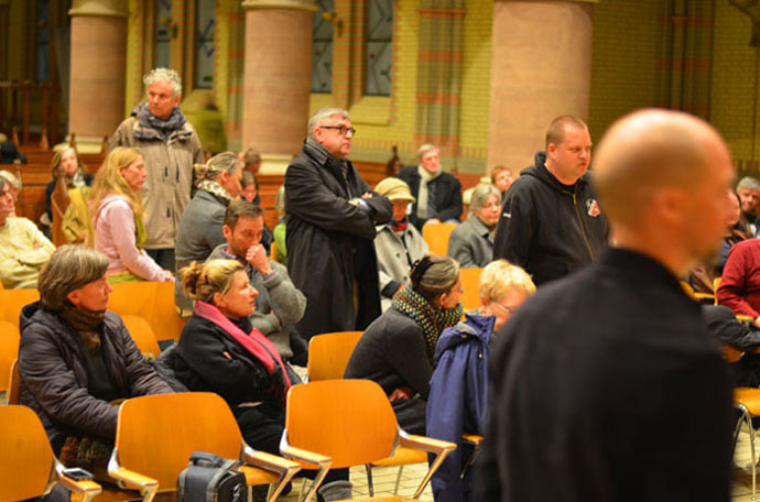 News - Central: Hitzige Debatte in der St. Johanniskirche (Fotos: MaxBryan.com)