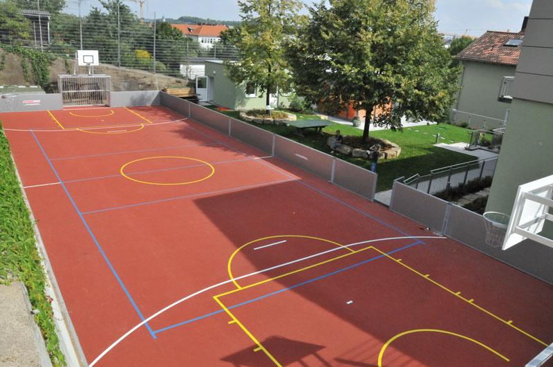 Sport-News-123.de | Das Multispielfeld von Erhard Sport: Eine kompakte Sportanlage mit vielen Spielmöglichkeiten