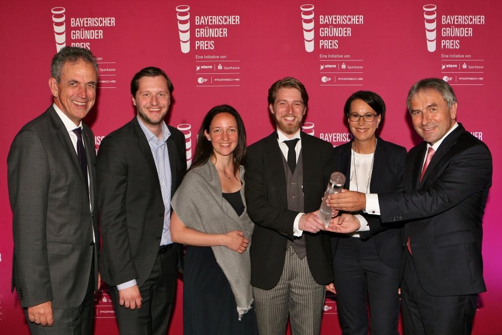 Preisverleihung TimeRide (Foto: Sparkassenverband Bayern / Michael Giegold) | Freie-Pressemitteilungen.de