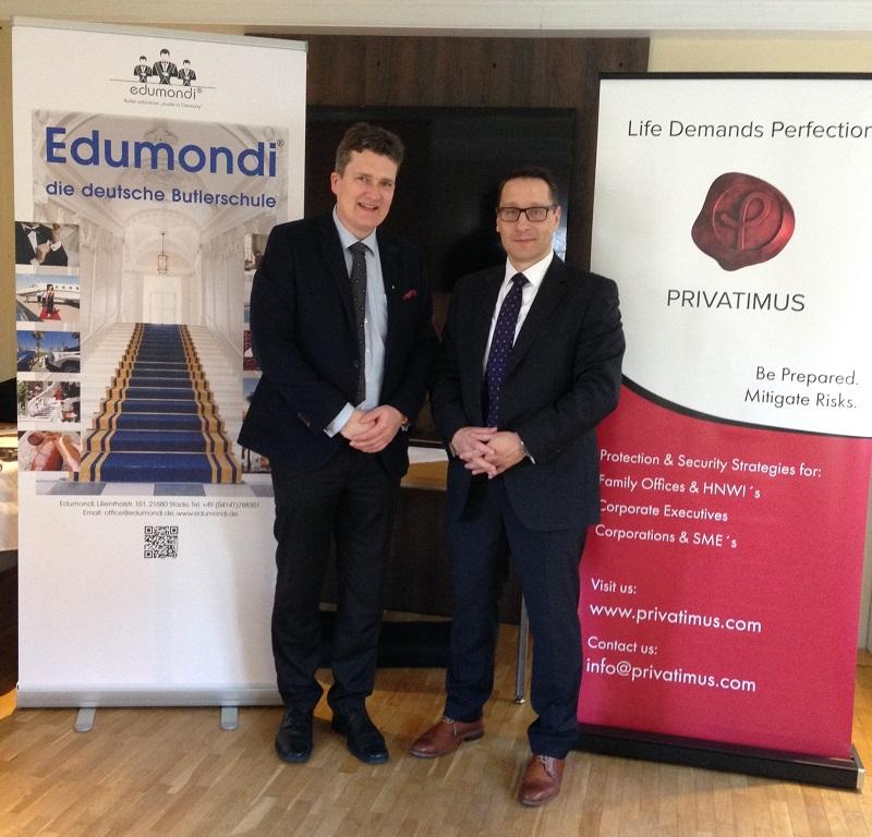 Deutsche-Politik-News.de | Jörg Schmidt, Geschäftsführer von Edumondi und Sven Leidel, Partner der Privatimus