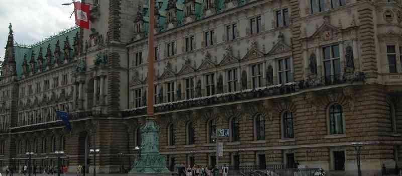 Werner Marnette (CDU, früherer Minister in Schleswig-Holstein: Haben die Landesregierungen Hamburgs und Schleswig-Holsteins die HSH-Kaufpreiszahlung durch Bilanztricks finanziert?