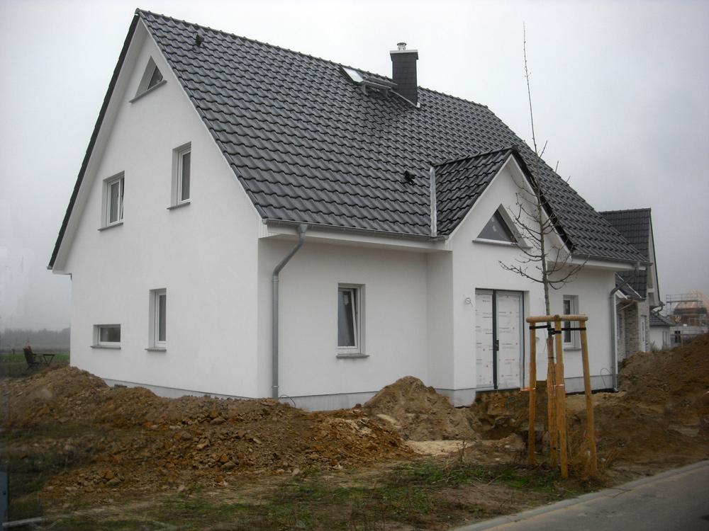 Deutsche-Politik-News.de | Dieses komfortable Landhaus kann am kommenden Wochenende in 16727 Oberkrämer OT Marwitz besichtigt werden. Foto: Roth-Massivhaus