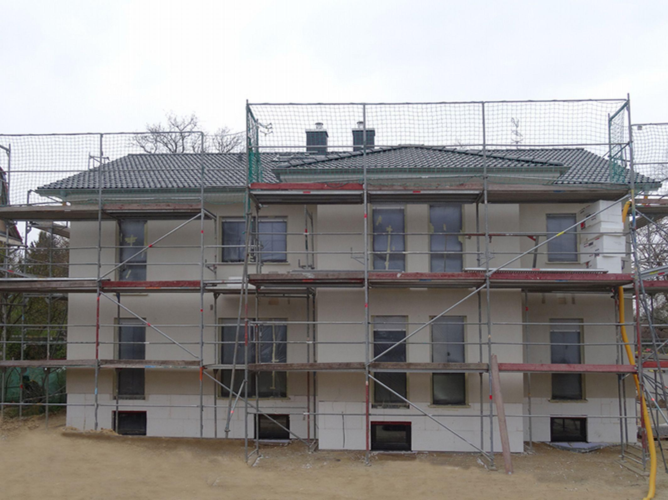 Berlin-News.NET - Berlin Infos & Berlin Tipps | Dieses Doppelhaus kann am 12. und 13. April in 12209 Berlin-Lichterfelde besichtigt werden. Foto: Roth-Massivhaus