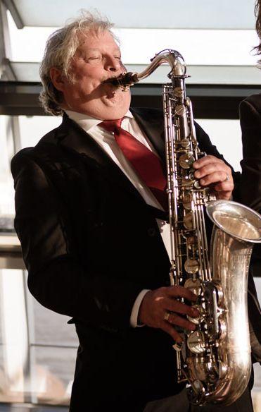 Freie Pressemitteilungen | Jazzband Hamburg mit Saxophon