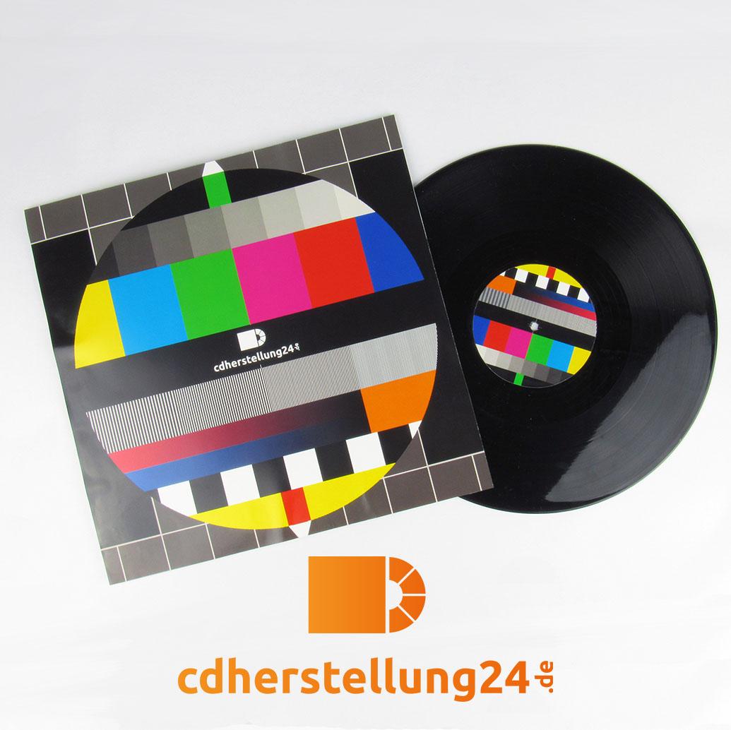 Bedrucktes LP Cover und Schallplatte
