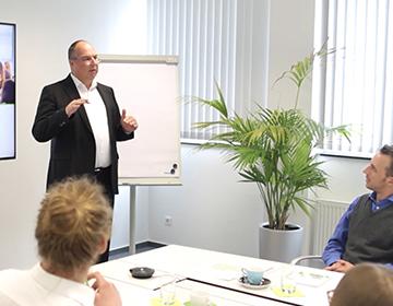 Internet Portal Center | TILL.DE GmbH Joachim Schröder - Google Academy Trainer