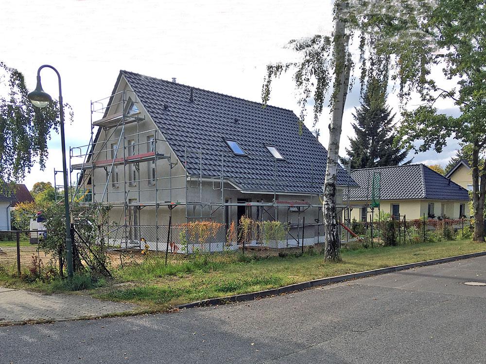 Deutsche-Politik-News.de | Das Stadthaus kann am kommenden Wochenende in 16356 Ahrensfelde besichtigt werden. Foto: Roth-Massivhaus