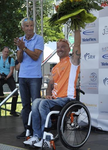 Sport-News-123.de | Weltrekordler Vico Merklein bei der Siegerehrung