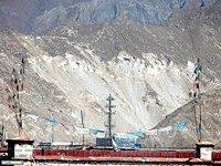 Ost Nachrichten & Osten News | Foto: Schwere Umweltschäden durch eine Mine in der Nähe von Lhasa.