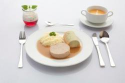 SeniorInnen News & Infos @ Senioren-Page.de | Foto: Das Auge isst mit - so kann auch pürierte Kost Appetit auf mehr machen.