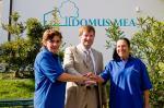 SeniorInnen News & Infos @ Senioren-Page.de | Foto: © Domus Mea: Der Geschäftsführer der Domus-Mea Management GmbH, Peter Puhlmann, freut sich über die Auszeichnung vom BMAS.