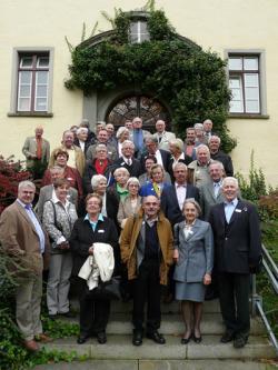 SeniorInnen News & Infos @ Senioren-Page.de | Foto: Rund 50 Mitglieder der internationalen Senioren Plattform Bodensee trafen sich zu ihrer diesjährigen Delegiertenversammlung in der Stiftung Liebenau.