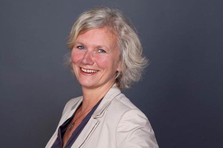 Hamburg-News.NET - Hamburg Infos & Hamburg Tipps | Astrid Kort – Telefon-Trainerin und Humor-Coach: Mit Humor zum Erfolg.