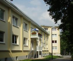 SeniorInnen News & Infos @ Senioren-Page.de | Foto: Im Erdgeschoss des GWG-Gebäude befindet sich die Demenz-WG. Die erste Etage wird in einer Kooperation von GWG und Stadt Wuppertal für den Stadtteil- und Familientreff >> Südwind << genutzt.