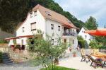 Ost Nachrichten & Osten News | Foto: Geführt wie ein Hotel oder Pension bietet die Villa Romantcia zusätzlich die Vorzüge einer Ferienwohnung bzw. Appartements.