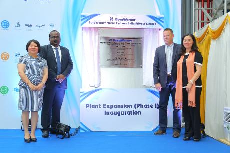 Internet Portal Center |  Mitarbeiter und Führungskräfte von BorgWarner feierten die große Eröffnung des neuen erweiterten Werks in Kakkalur in Indien
