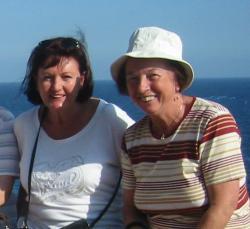 SeniorInnen News & Infos @ Senioren-Page.de | Foto: Erika & Rosina 2008 (von rechts nach links).