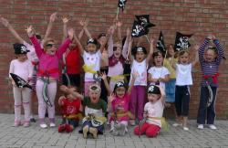 Musik & Lifestyle & Unterhaltung @ Mode-und-Music.de | Foto: Piraten der Fit & Dance Company Kropp.