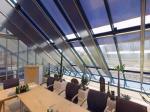 Fertighaus, Plusenergiehaus @ Hausbau-Seite.de | Foto: ISO-Roll bei geneigter Verglasung.