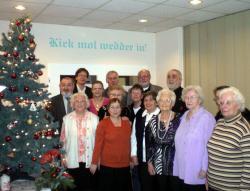 SeniorInnen News & Infos @ Senioren-Page.de | Foto: Individuell: Plattdeutsche Sprüche zieren die Wände des Seniorentreffs.