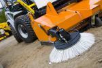 Landwirtschaft News & Agrarwirtschaft News @ Agrar-Center.de | Foto: Mehr Einsatzstunden, Griff und Fahrkomfort bietet der blockprofilierte Spezialreifen Nokian TRI 2 Foto: Nokian Tyres.