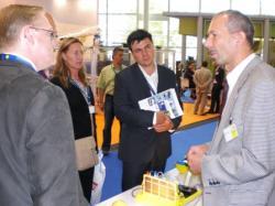 Alternative & Erneuerbare Energien News: Alternative Regenerative Erneuerbare Energien - Foto: Weltweites Interesse an Produkten aus dem Hause IKS Photovoltaik gab es im Rahmen der 24. EU PVSEC in Hamburg.