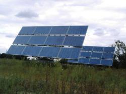 Alternative & Erneuerbare Energien News: Foto: Die klimatischen Bedingungen in Griechenland sind für PV-Anlagen, ob klein oder groß, in jedem Fall ideal.