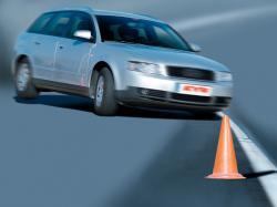 Autogas / LPG / Flüssiggas | Foto: Bei abgenutzten Stoßdämpfern kann ein Rad abheben und ein Unfall drohen. Foto: KYB.
