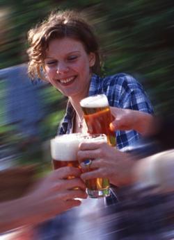 Bier-Homepage.de - Rund um's Thema Bier: Biere, Hopfen, Reinheitsgebot, Brauereien. | Foto: Brauereinen und Tourismusverband planen eine Bierroute in Nordrhein-Westfalen. Foto: Deutscher Brauer-Bund.