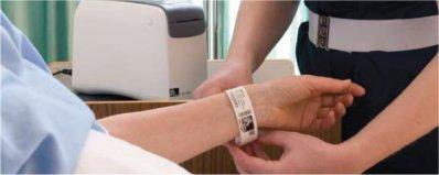 Freie Pressemitteilungen | Patientenarmband Drucker HC100 mit MRSA-resistenten Armband