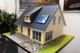 Fertighaus, Plusenergiehaus @ Hausbau-Seite.de | Foto: Zinsen für Einfamilienhäuser in Berlin sind im Keller. Foto: Medienbüro Gäding/ Marcel Gäding.